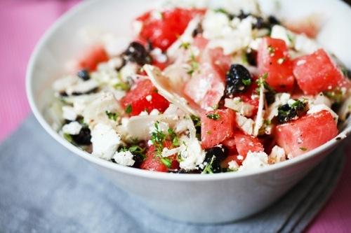 Salade de pastèque à la feta et aux olives