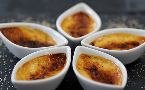 Crème brûlée au lait de coco et safran