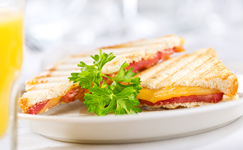 Croque au bacon et mozzarella extra fondante