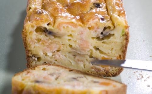 Cake au saumon, courgette et ricotta
