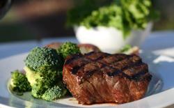 Bifteck et brocolis