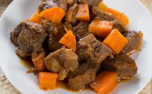 Boeuf aux carottes et aux épices