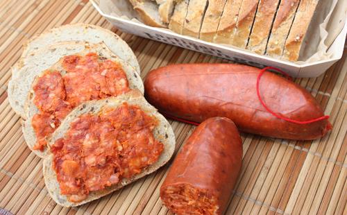 Carne Con Tomato (tapas espagnol)