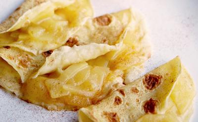 Crêpes aux lamelles de pommes