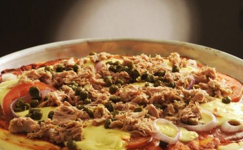 Pizza au thon et camembert