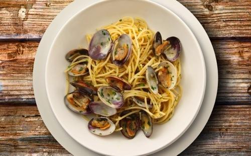 Spaghetti aux palourdes (spaghetti alla vongole)