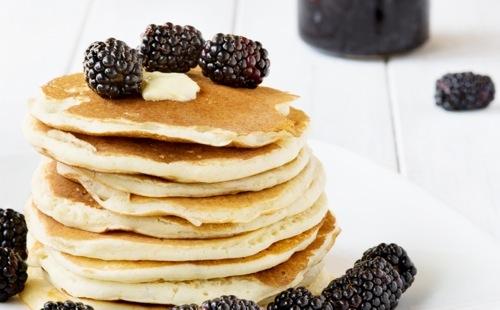 Pancakes aux mûres