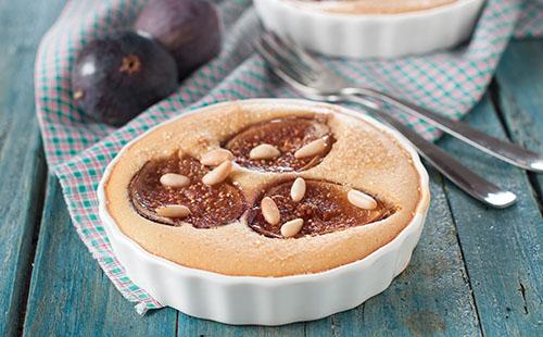 Gâteau aux figues et noisettes