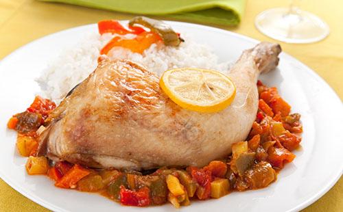 Cuisse de poulet ratatouille et riz wecook - Cuisse de poulet calories ...