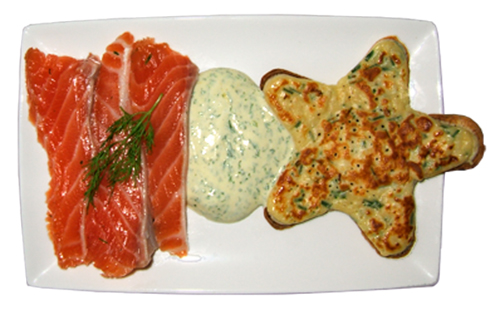 Saumon gravlax et blinis sauce scandinave
