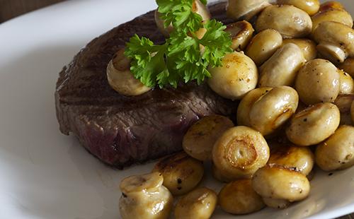 Bifteck et champignons
