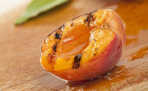 Abricot au miel et amandes