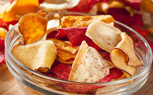 Chips de légumes anciens
