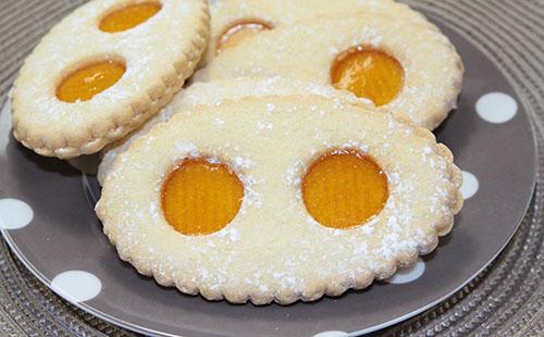 Biscuits au gingembre et aux pommes