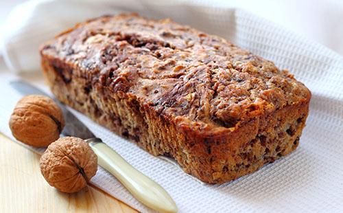 Cake aux dattes et aux noix
