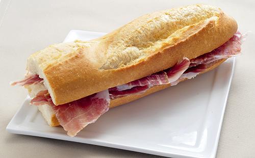 Sandwich au jambon sec