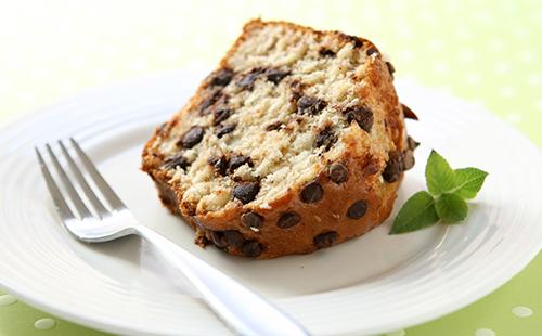 Cake végétalien aux pépites de chocolat