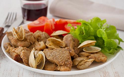 Ameijoade (porc au chorizo et palourdes)