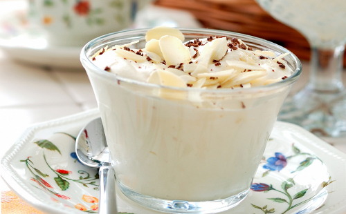 Crème de mascarpone aux amandes