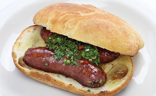 Choripan (hot-dog argentin)
