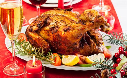 Dinde et chapons 7 recettes de volailles festives pour no l today wecook - Recette dinde farcie de noel ...