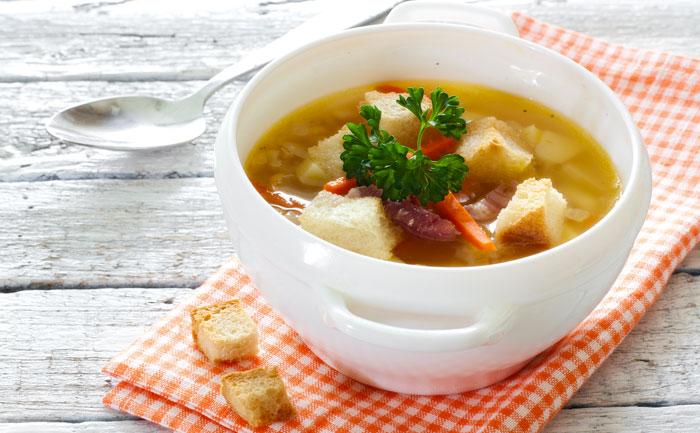 Soupe aux choux et aux lardons