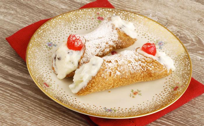 Cannoli sicilien aux cerises confites