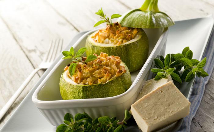 Courgettes rondes farcies au tofu et saumon fumé
