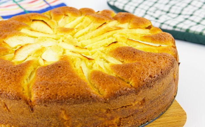 Gâteau bavarois aux pommes et au fromage