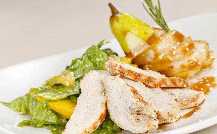 Salade de poulet aux poires