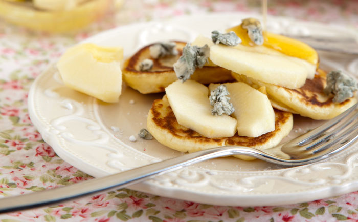 Blinis poire roquefort