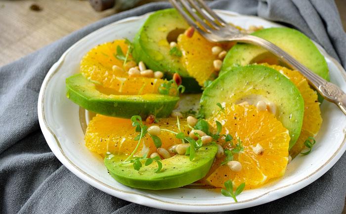Salade à l'avocat et à l'orange