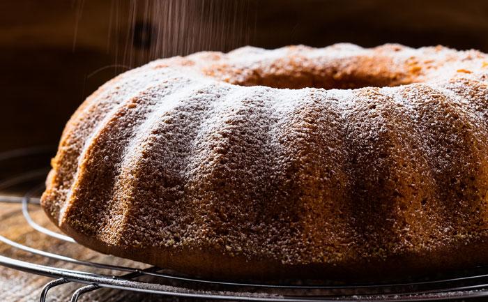 Red wine cake (gâteau au vin rouge)