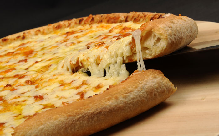 wecook pizza 4 fromages sans gluten. Black Bedroom Furniture Sets. Home Design Ideas