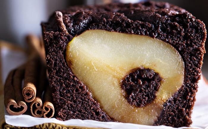 Cake surprise aux poires et au chocolat