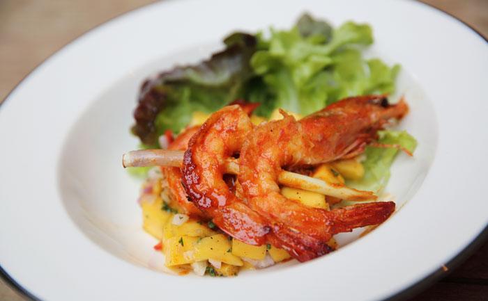 Brochettes de crevettes paléo aux agrumes