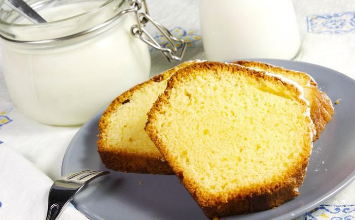 Gâteau au yaourt au beurre