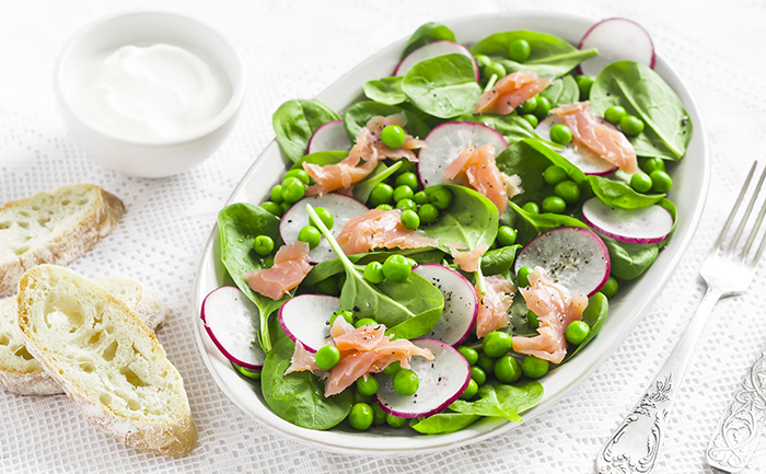 Salade norvégienne petits pois, radis, épinards