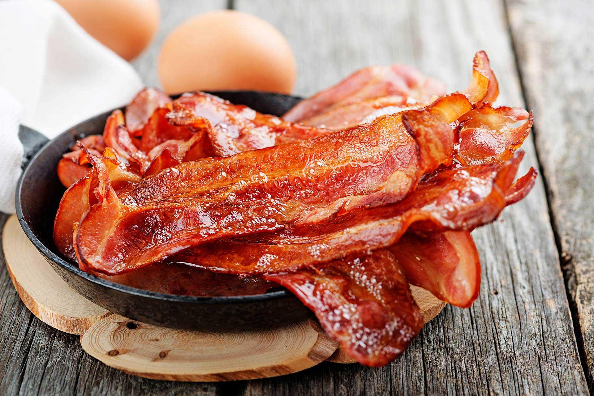 Bacon grillé et ses petits pois frais